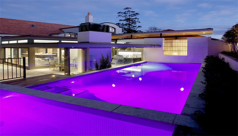 New zealand master pool builders building award winning for Pool design 1970